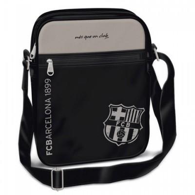 Barcelona közepes álló oldaltáska fekete - 93366595 Táska, sulis felszerelés